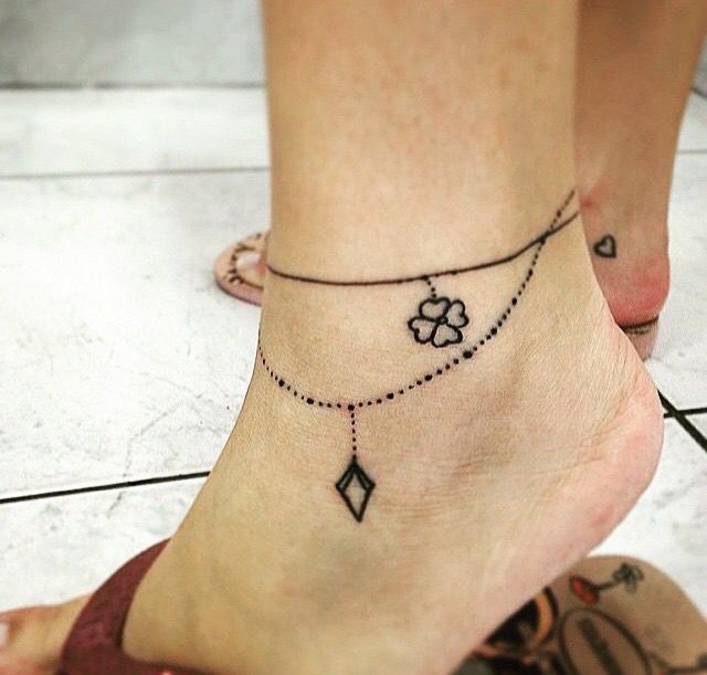 women tattoo bracelet tattoo girly tattoo your number one source for. Black Bedroom Furniture Sets. Home Design Ideas