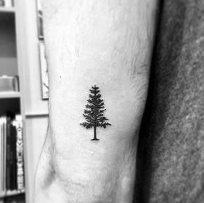Tree Tattoo Guy With Small Tricep Tree Tattoo Design