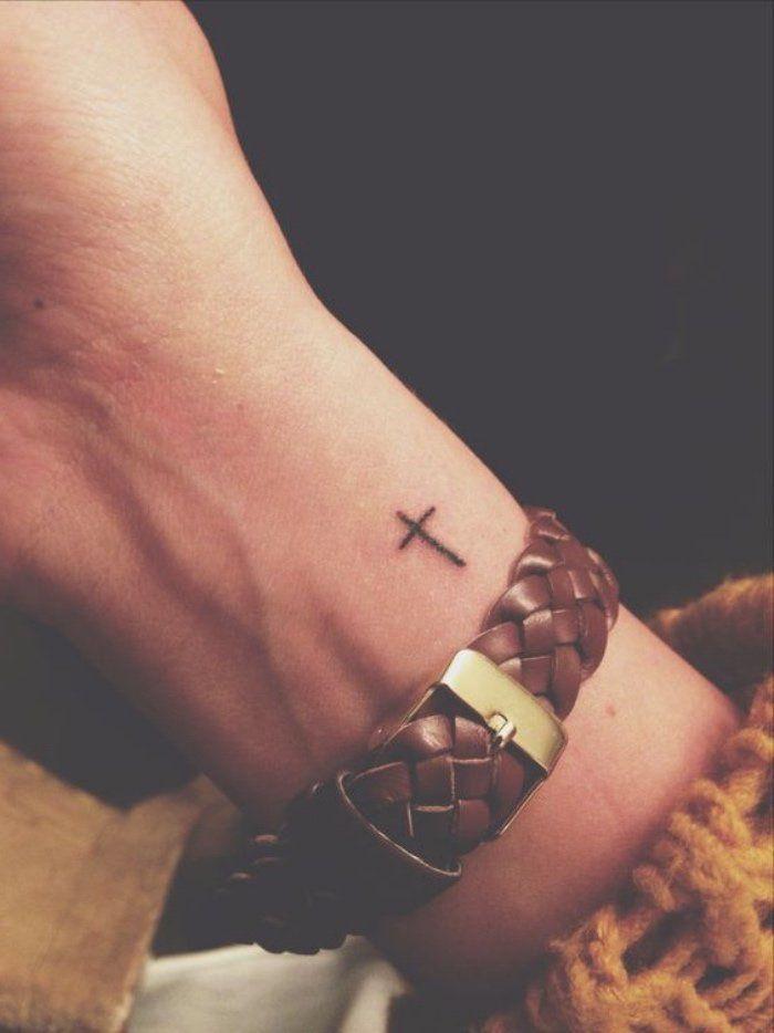 Tattoo Trends - 1001 + idées pour un petit tatouage minimaliste et charmant - TattooViral.com ...